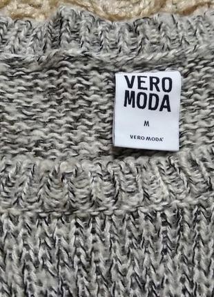 Фирменный свитер2 фото