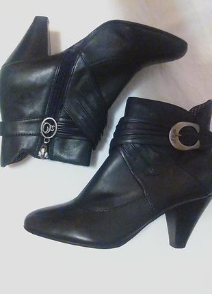 Шикарные,кожаные ботильены,ботинки,ботиночки,полуботинки.от бренда.s.oliver.37р.