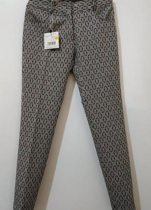 Стильные фирменные женские брюки от roberto verino р s - новые