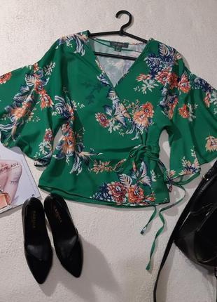 Стильная блуза на запах. размер s