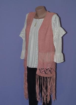 Удлиненная жилетка с вышивкой и висюльками. george