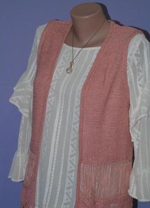 Удлиненная жилетка с вышивкой и висюльками. george5 фото