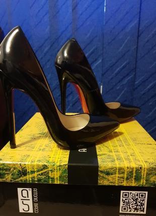 Туфли antonio biaggi черные лаковые лодочки натуральная кожа