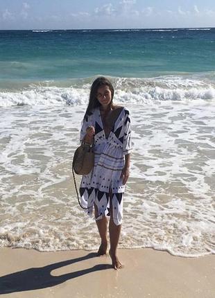 Пляжная туника с геометрическим принтом, с поясом3 фото