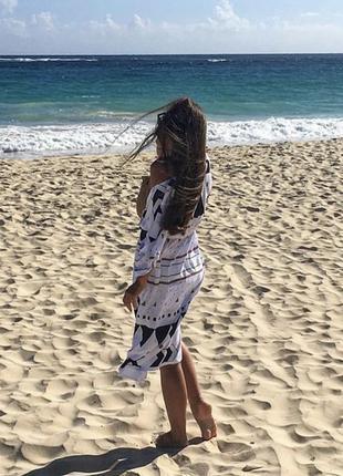 Пляжная туника с геометрическим принтом, с поясом4 фото
