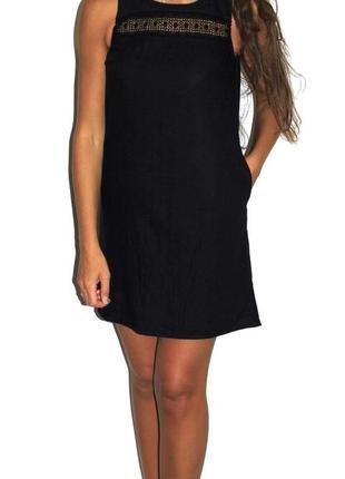 Черное платье ( лён 100% ) есть карманы ! очень красивое