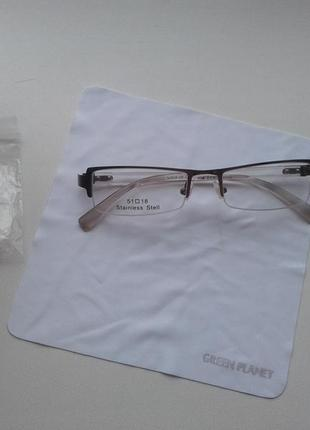 Оправа для очков. стекла нулевки.