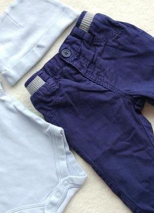 Комплект 3в1 набор бодик шапочка и джинсы штаны на 0-3 мес