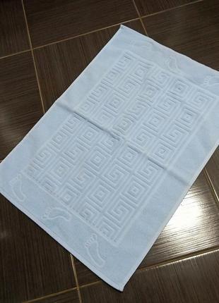 Полотенце-коврик в ванну2 фото
