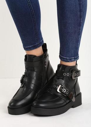 Новые черные демисизонные ботинки