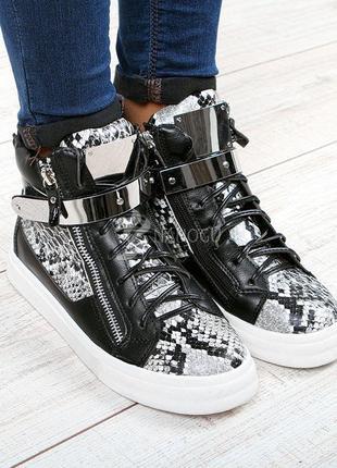 Ботинки женские сникерсы хайтопы e-lux черные принт рептилии