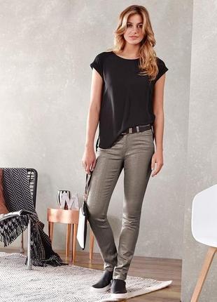 Стильные и очень удобные джинсы с напылением тсм чибо (германия) размер 38 наш(46-48).