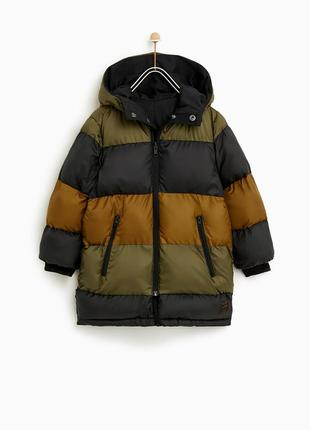Очень красивая двухсторонняя куртка  zara   р140