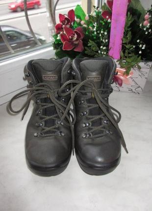 Кожаные деми ботинки lowa gore-tex 37 р2 фото