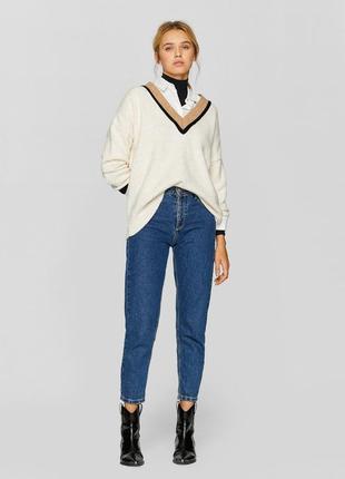 Шикарные джинсы mom fit от stradivarius с высокой посадкой, 36р, испания