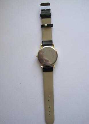 1-32 женские наручные часы5 фото