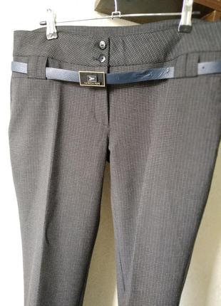 Новые укороченные классические брюки 46 разм.
