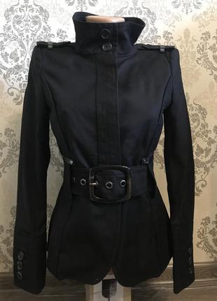 Шикарный черный пиджак zara
