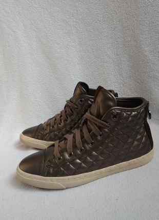 Geox оригинальные ботинки 36