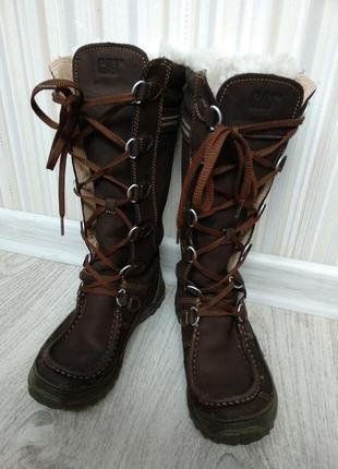 Крутые кожаные сапоги на шнуровке