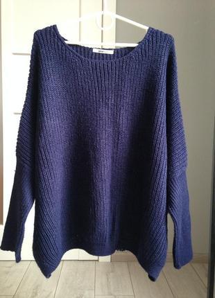 В наличии обьемный свитер оверсайз крупной вязки/нюанс