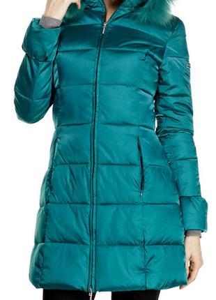 Продам  красивую яркую  куртку итальянского бренда phard,цвет зелено-изумрудный