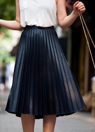 Шикарная плиссированая юбка tu