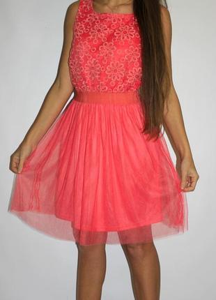 Платье с вышивкой на груди -- срочная уценка платьев 300 ед --