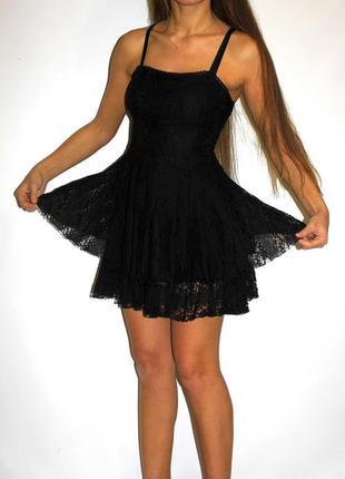 Черное кружевное платье - красивая ткань  --- срочная уценка  платьев ---