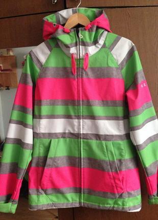 Длинная яркая куртка от roxy ветровка