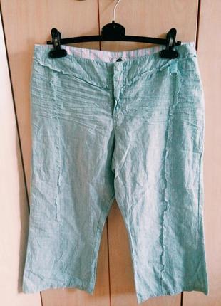 Короткие ментоловые легкие брюки
