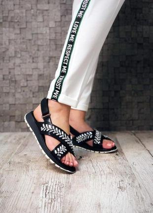 Босоножки , сандали, распродажа