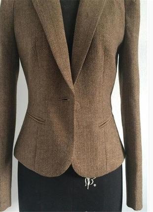Крутой базовый пиджак zara!  в сильном цвете коричнево-серый