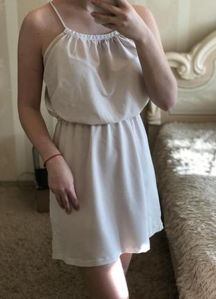 Белое платье oodji на резинке xs/s