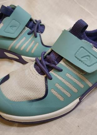 Clarks кроссовки на 29 размер 19 см стелька