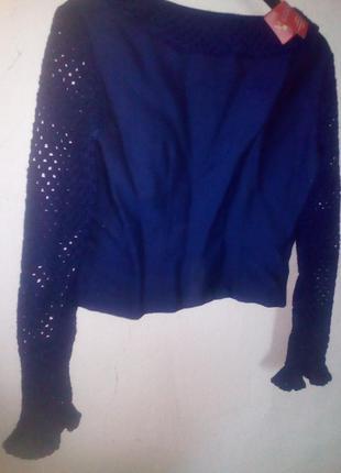 Женский піджак с ажурним рукавом