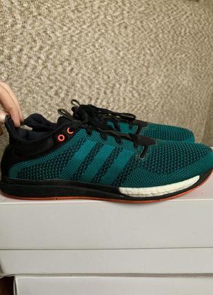 Мужские кроссовки (стелька 28см)