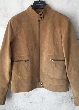 Замшевая куртка с воротником стойкой