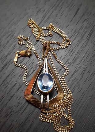 Симпатичный кулон,подвеска из золота 333 пробы с голубым камнем