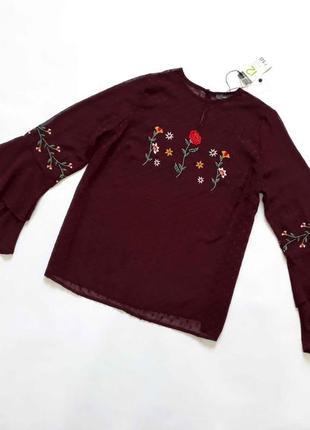 Новая блузка с вышивкой primark
