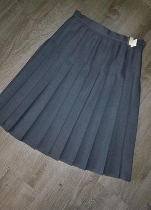 Базовая стильная юбка в складку плиссе  британского бренда  littlewoods 18- 16-14