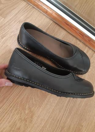 Оригинальные кожаные  туфли dr. martens