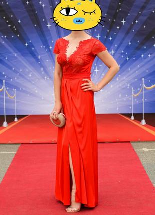 Платье на выпускной вечернее размер 44-46 цвет красный