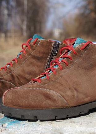 Жіночі черевики think! espresso boots bracca