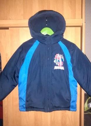 Куртка marvel spider-man р.4-5-6 лет в идеальном состоянии