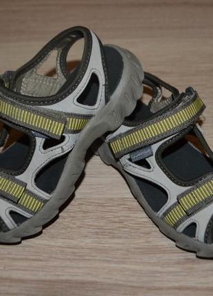 Босоножки сандали мальчику quechua 28-29р1