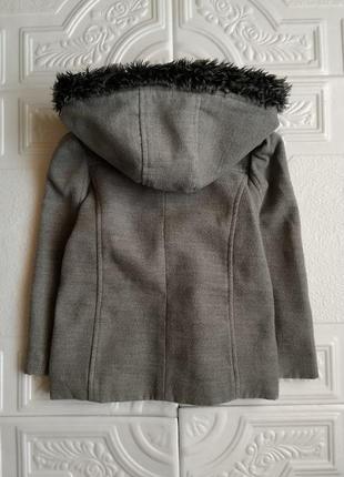 Пакет фирменных вещей (пальто, шапки, шарф, бафф и перчатки)2