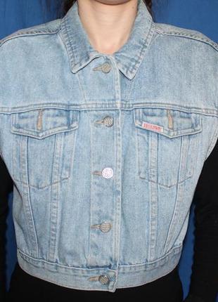 Голубая укороченная джинсовая безрукавка жилет, бренд brodway, размер l