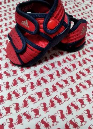 Детские босоножки adidas