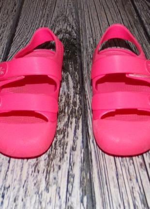 Фирменные кроксы для девочки, размер 255 фото